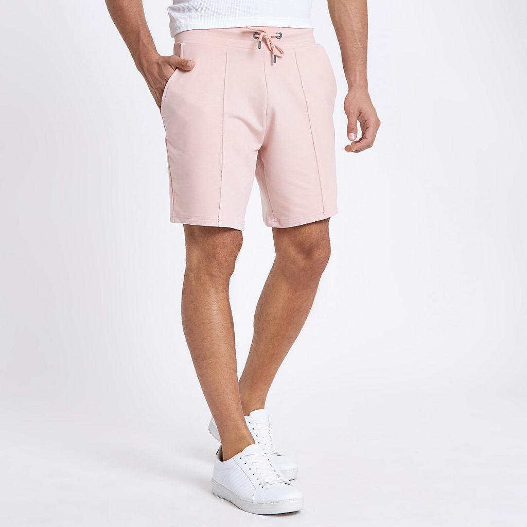 Pintuck wasp embroidered slim shorts $44.00