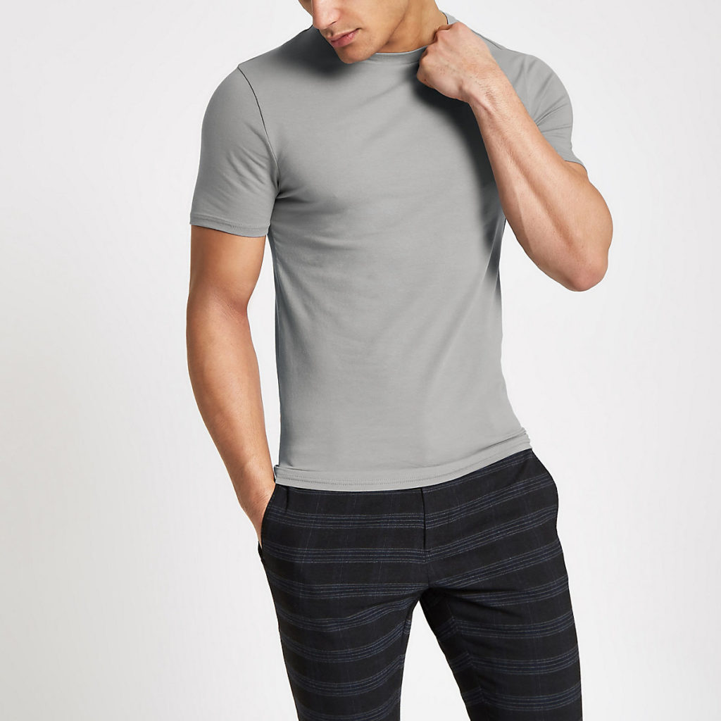 muscle fit short sleeve T-shirt $16.00