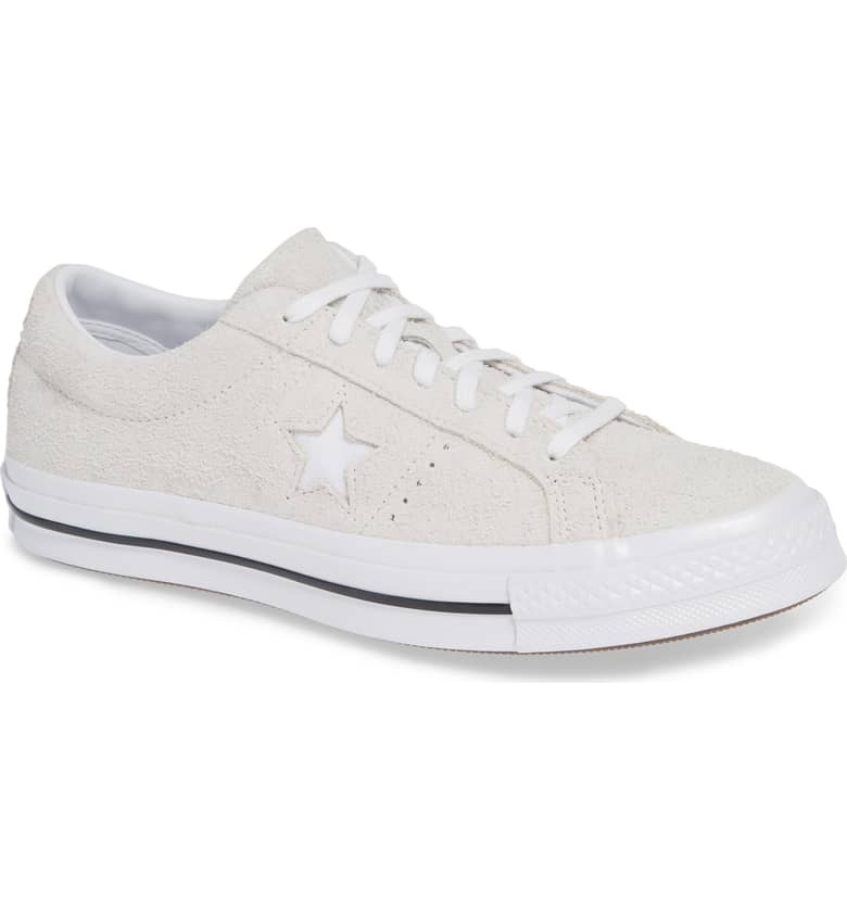 One Star Low Top Sneaker CONVERSE $75.00
