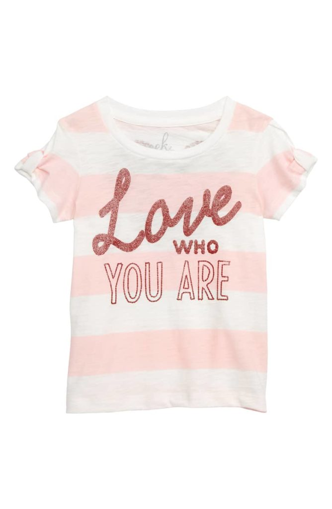 Love Who You Are Tee PEEK AREN