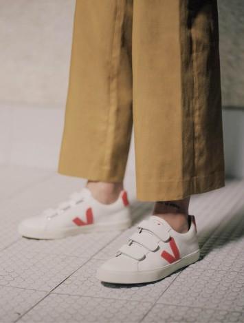 Veja Esplar Leather 3-Lock Sneaker in Extra White Marsala $130