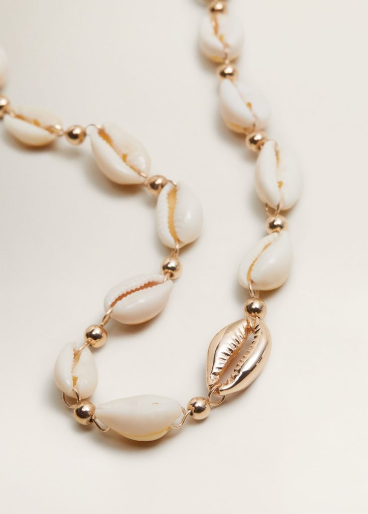 Shells bead necklace $29.99