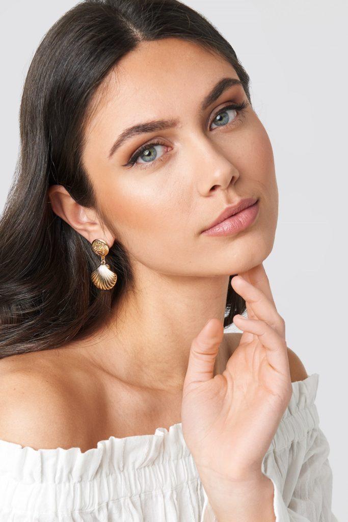 Small Shell Drop Earrings Gold $10.95