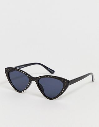 Pieces studded cat eye sunglasses$23.00https://fave.co/2KqNFVq
