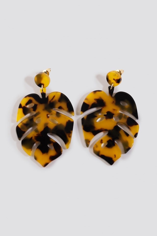 Tortoise Leaf Earrings Brown $14.95