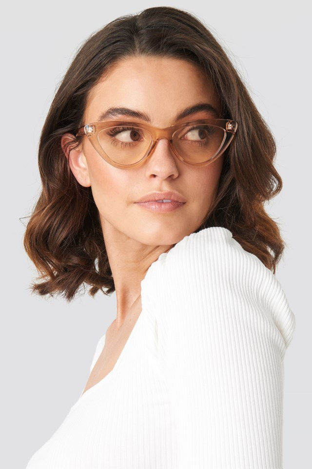 Rounded Cat Eye Sunglasses Brown $21.95https://fave.co/2wXO8ph