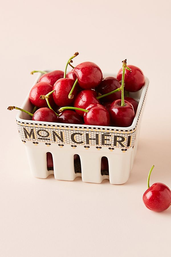 Mon Cheri Bistro Tile Berry Basket $16.00https://fave.co/32FB1Yc