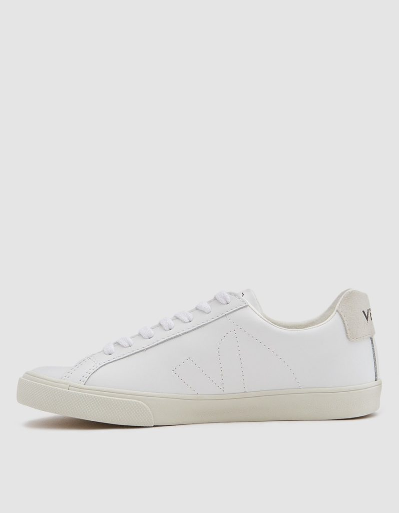 Veja Esplar Leather Sneaker in Extra White $120https://fave.co/3098WqO