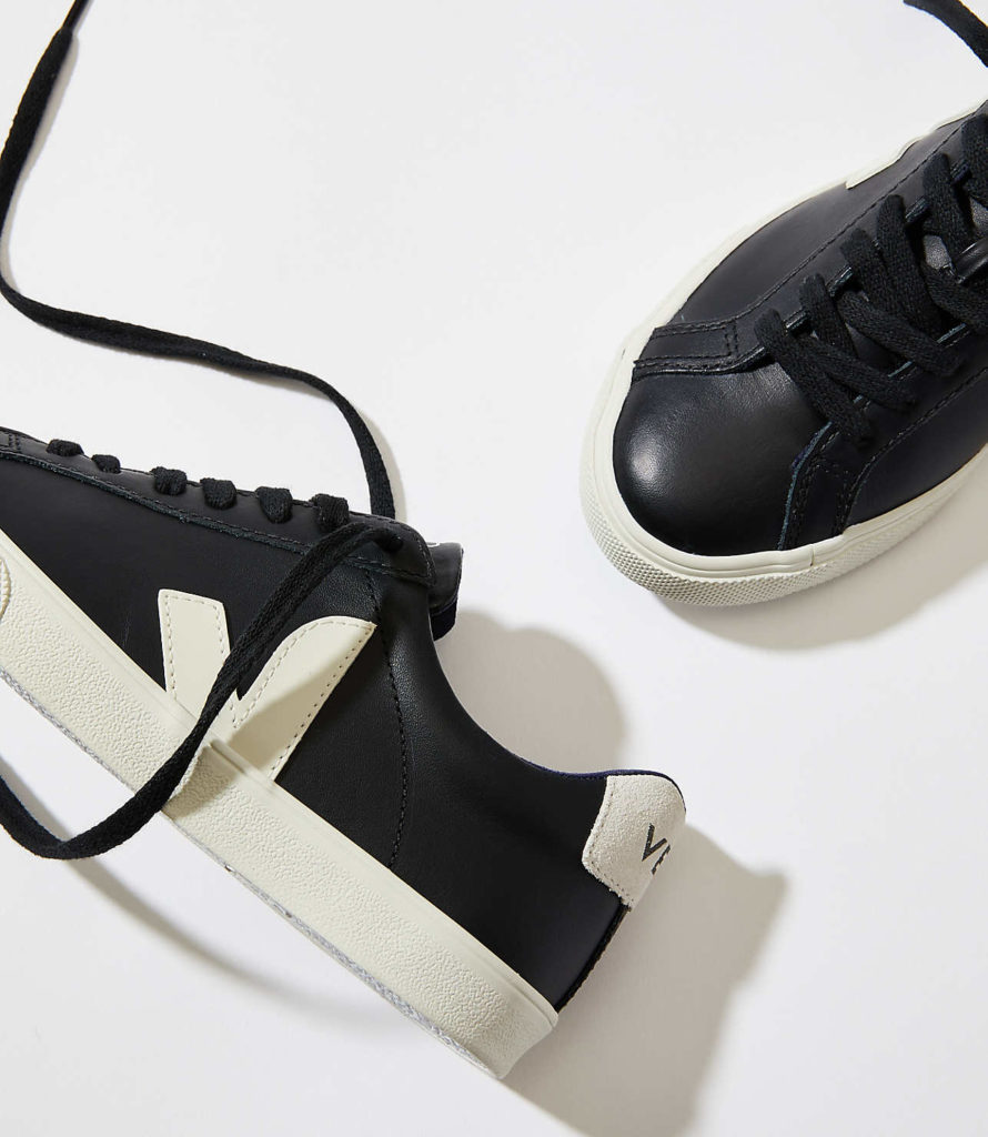 Veja Esplar Leather Black Pierre $120