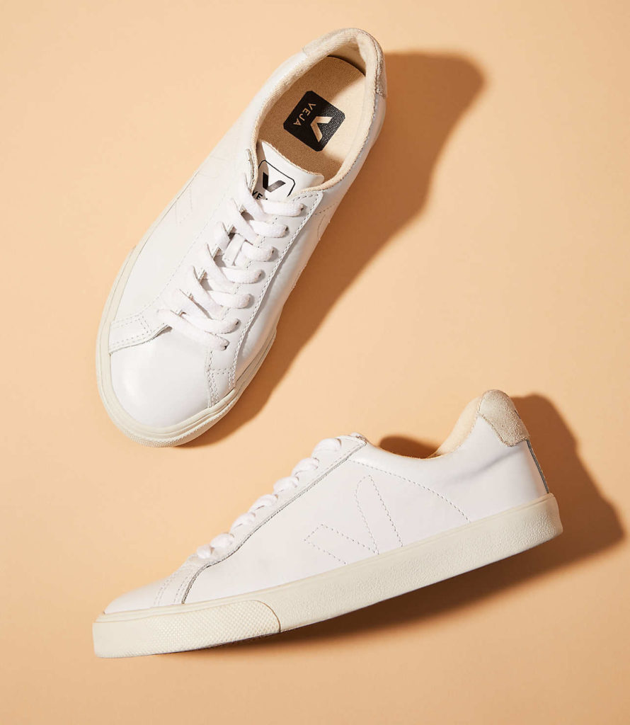Veja Esplar Leather Extra White Pierre Natural Puxador$120