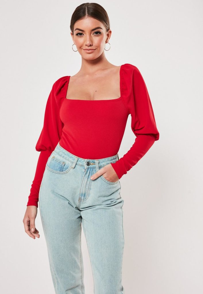 red square neck puff sleeve bodysuit  $12.00