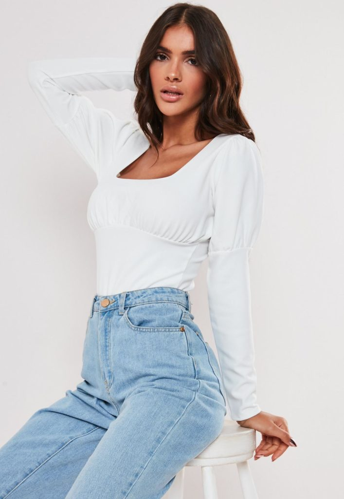 white gathered front puff sleeve bodysuit$34.00