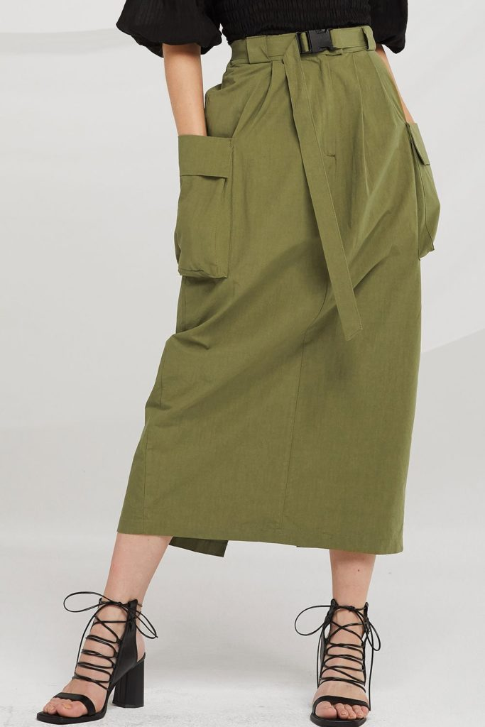 Wren Seatbelt Detail Cargo Skirt $95.90https://fave.co/2Py1ggJ