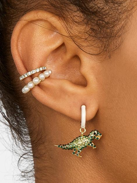 CLASINA PEARL EAR CUFF SET$42.00