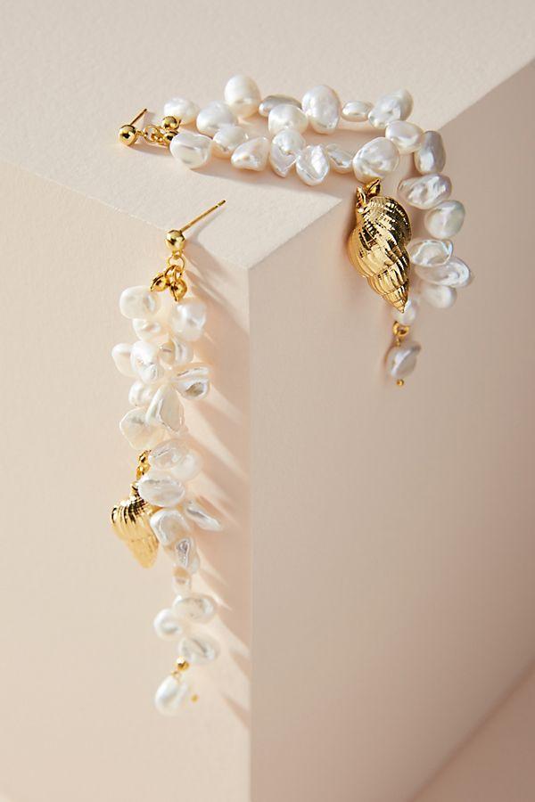 Amber Sceats Tully Pearl Drop Earrings$168.00