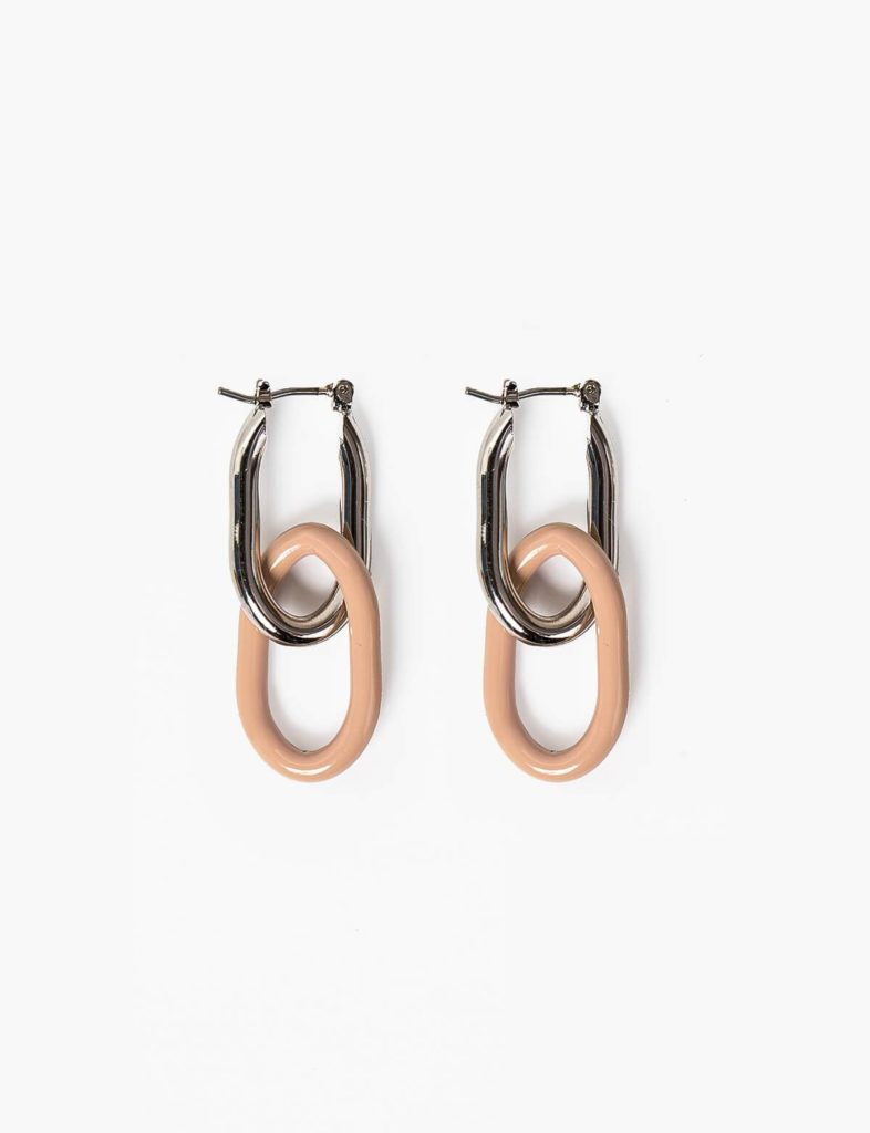 BEIGE LINK HOOP EARRINGS $18.00