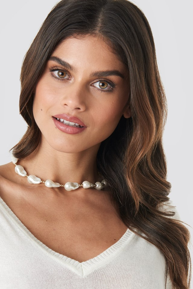 Connected Pearl Necklace Gold $17.95