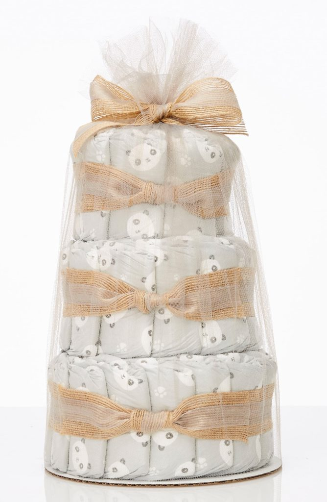 Mini Diaper Cake & Travel-Size Essentials Set THE HONEST COMPANY $39.95