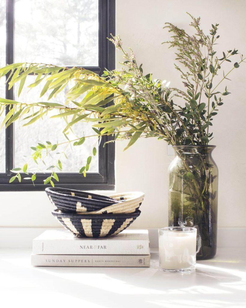Indego Africa Flora Raffia Mini $36.00