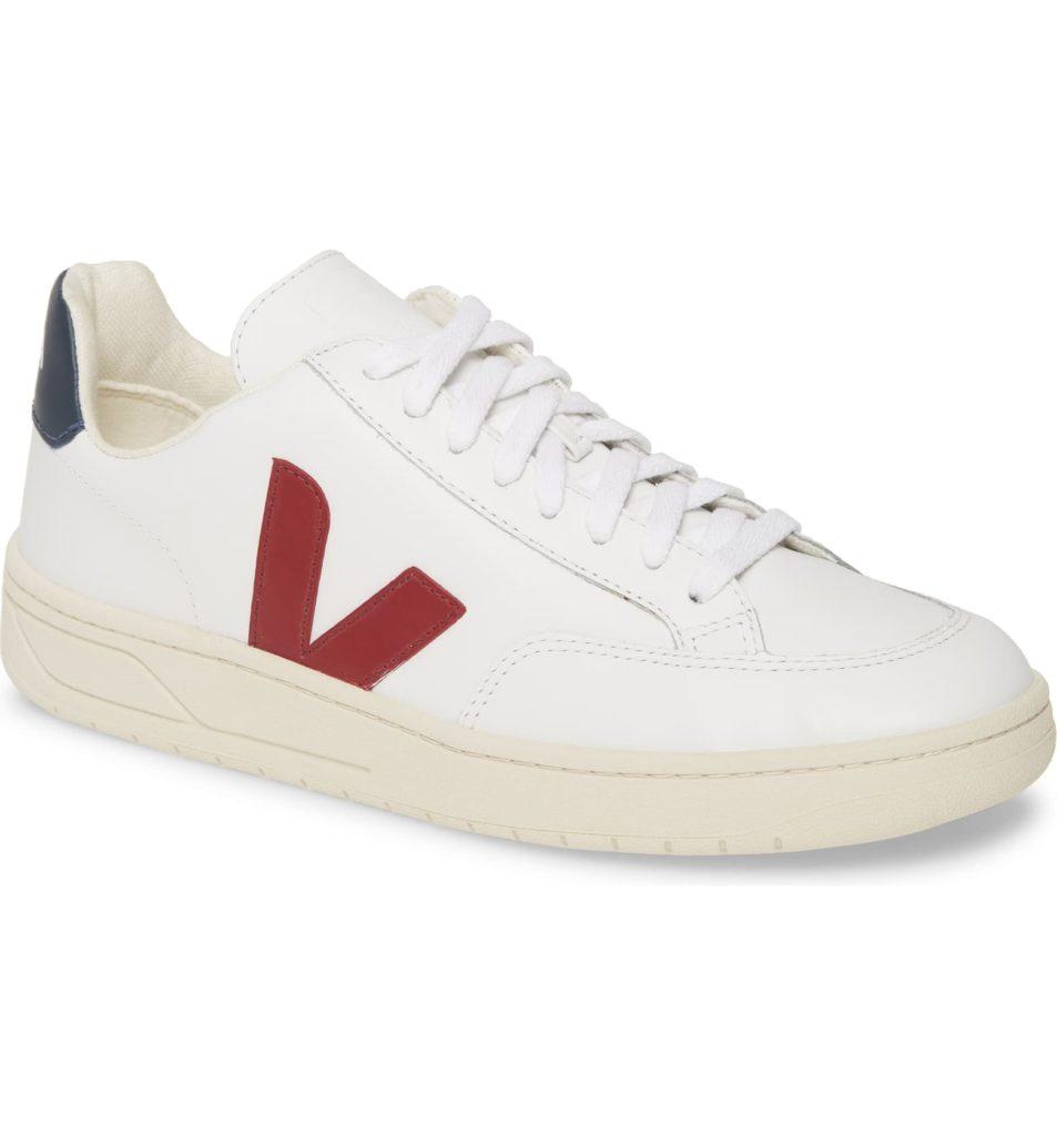 V-12 Sneaker VEJA $150.00