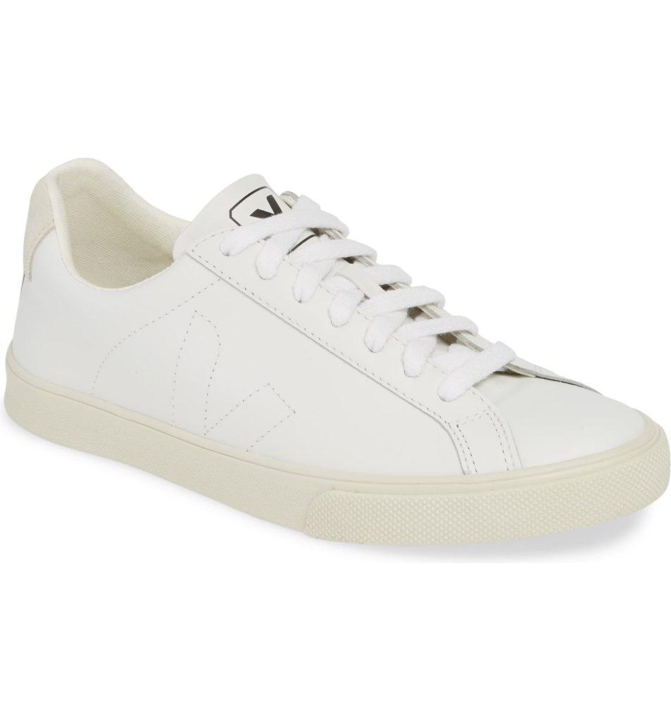Esplar Sneaker VEJA $120.00