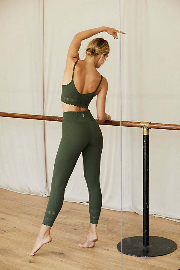 High-Rise 7/8 Genesis Leggings $98.00