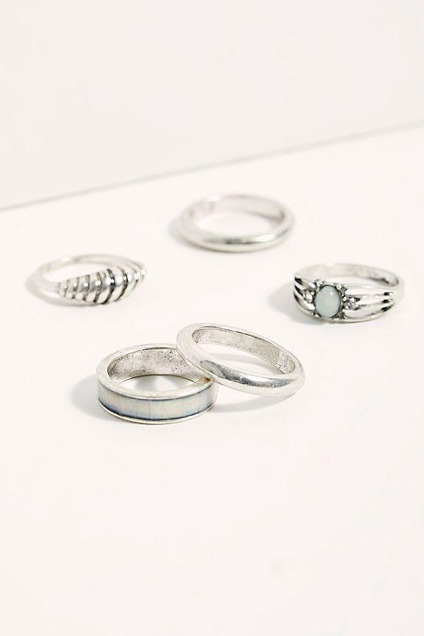 Liquid Ring Set $38.00