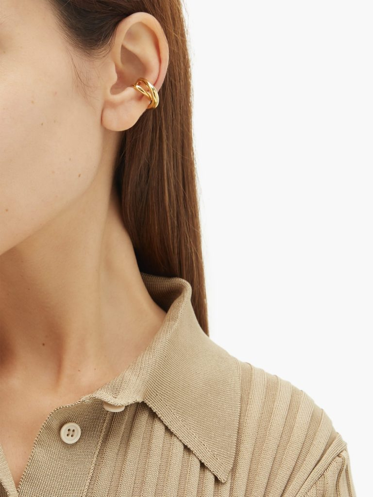 CHARLOTTE CHESNAIS Initial gold-vermeil ear cuff $294