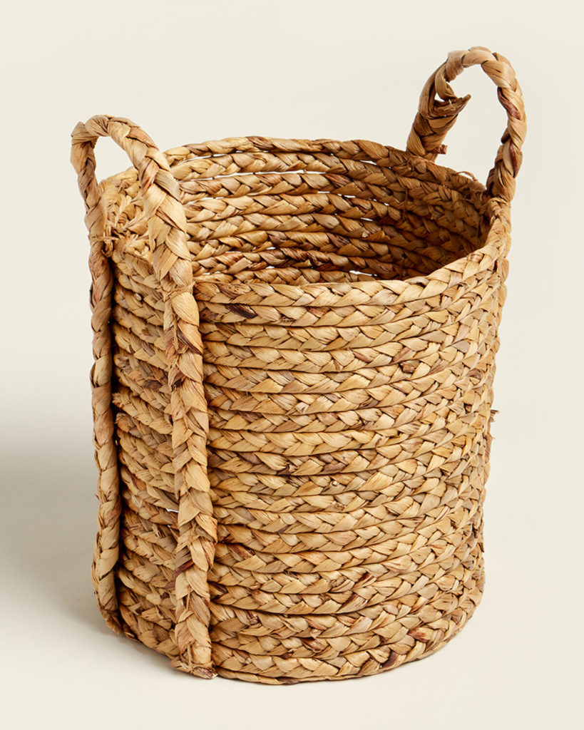 Medium Seagrass Basket $15.99