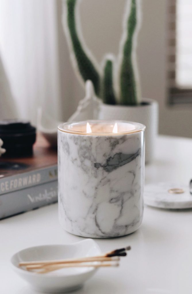 Marble CandleholderTHE LUXURIATE $99.00