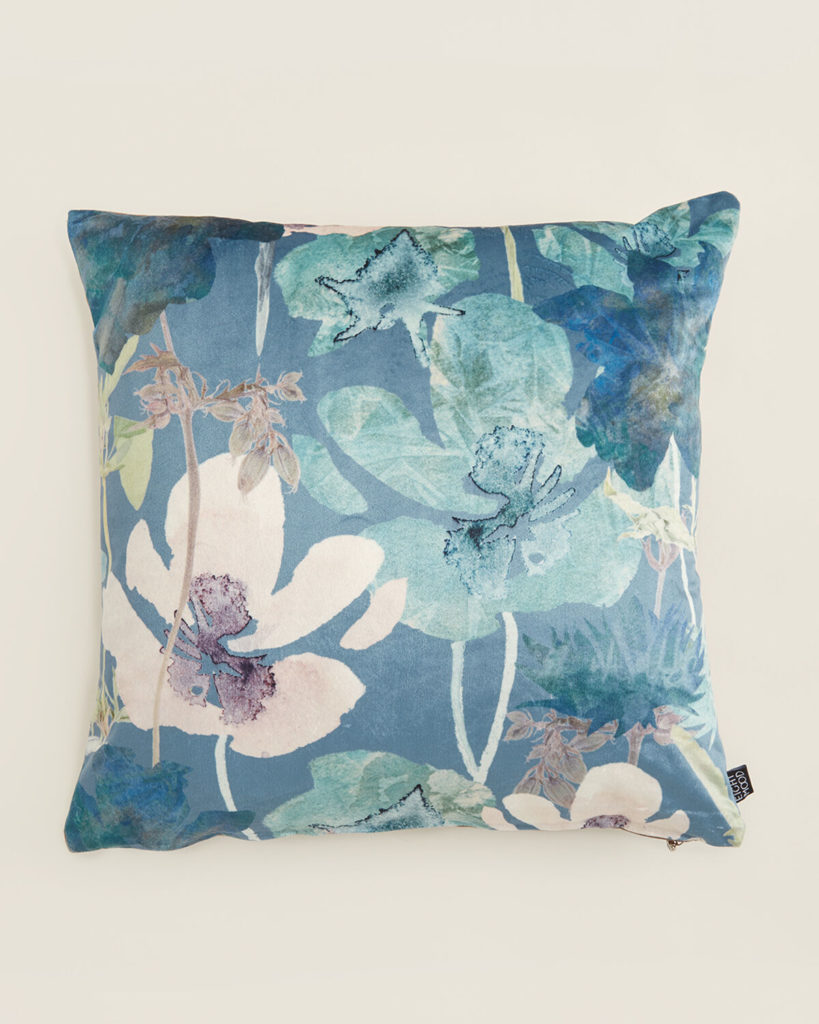 EIGHTMOOD Green Floral Decorative Throw Pillow $19.99