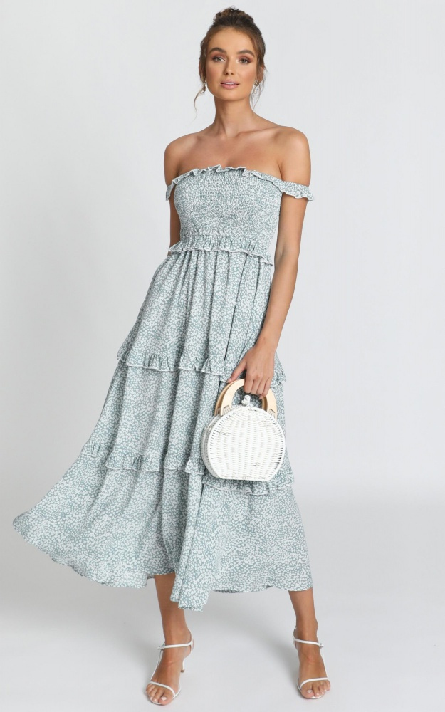 Looking Flawless Maxi Dress In Sage Floral $57.95https://fave.co/2x86Ihw