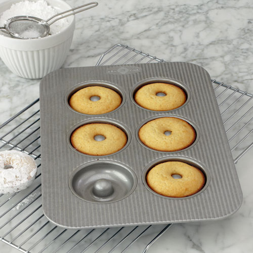 USA Doughnut Pan $27.95