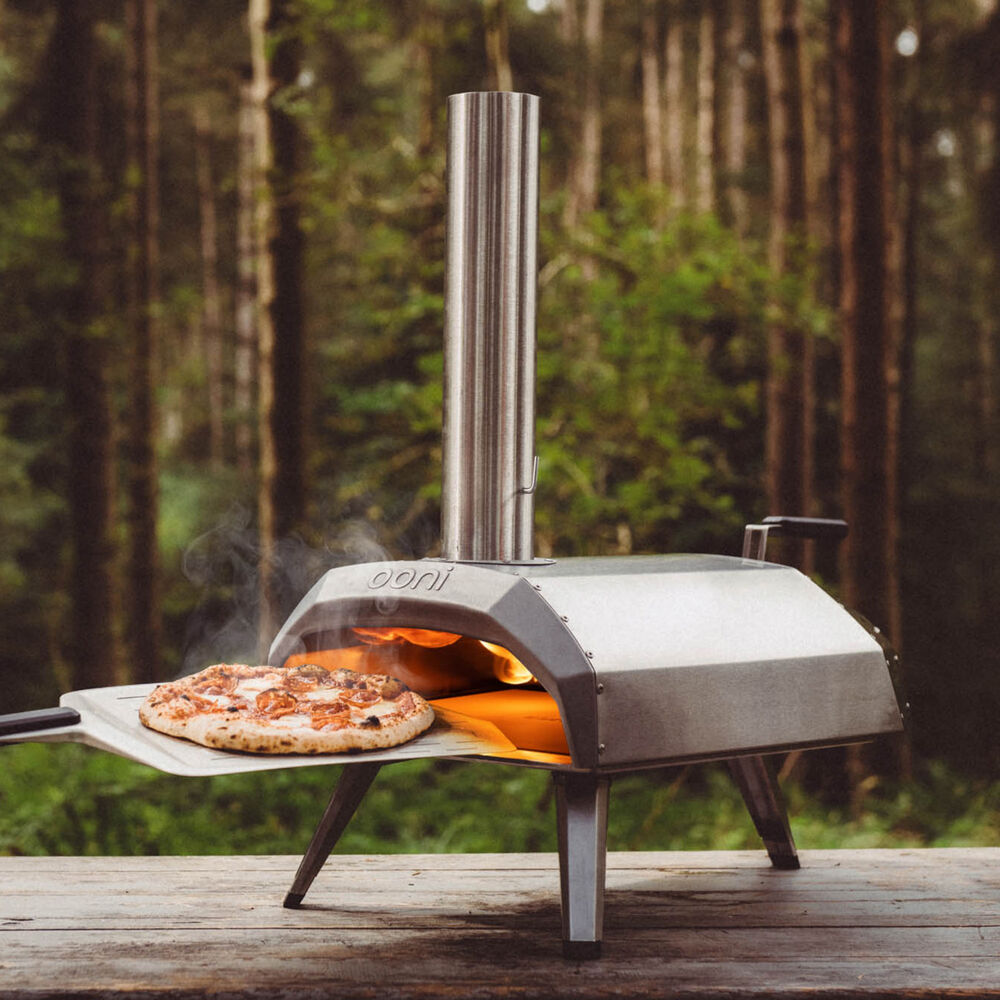 OONI KARU WOOD- & CHARCOAL-FIRED PORTABLE PIZZA OVEN $330.00
