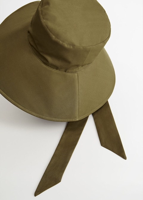 Bow bucket hat $20.99