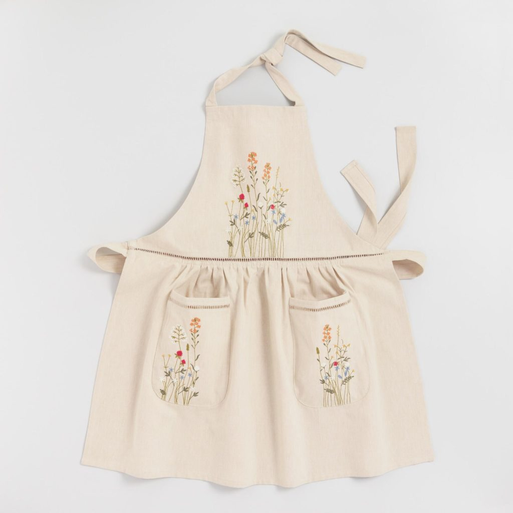 Natural Embroidered Floral Apron With Lace Trim $24.99