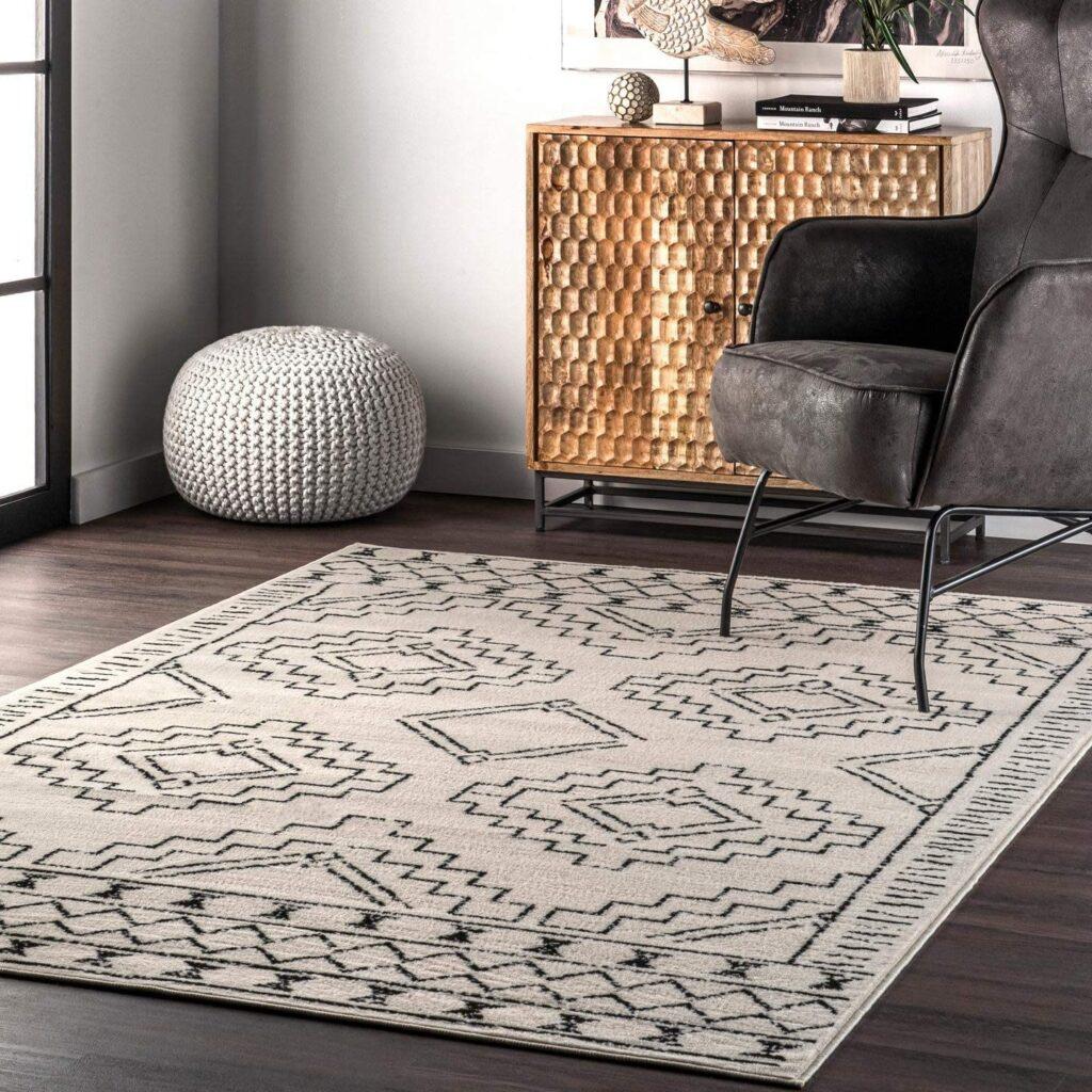 Creek Tribal Moroccan Area Rug, 8\' x 10\', Grey $96.10