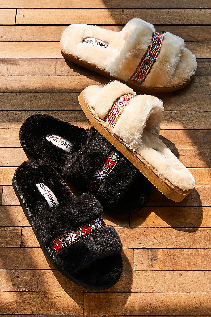 Minnetonka London Slippers $40.00
