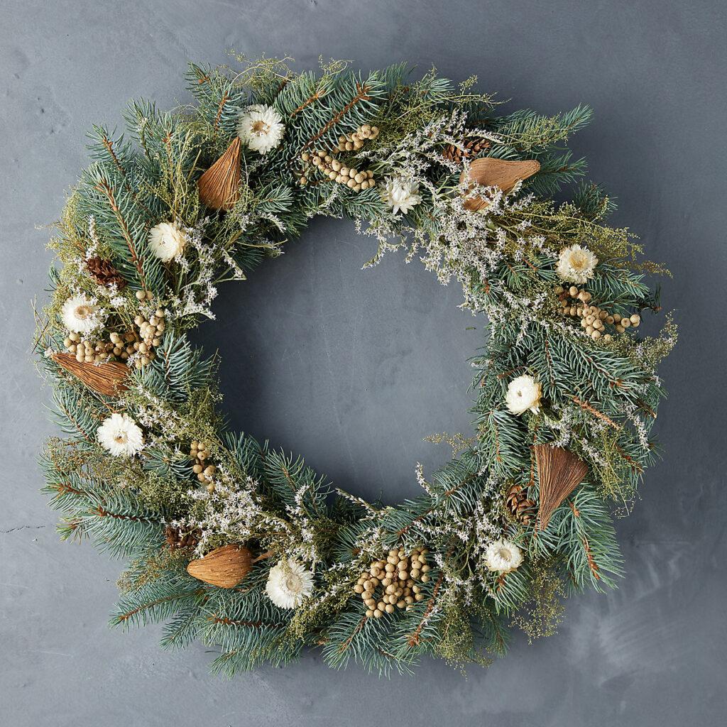 Fresh Winter White Wreath $98.00