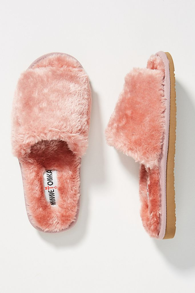Minnetonka Lolo Slippers $40.00