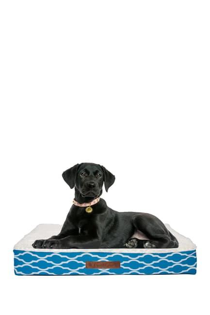 Duck River Textile Trieste Narrow Trellis Medium Pet Bed $33.97