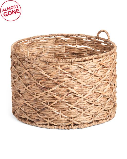 RGI HOMEXl Water Hyacinth Round X Twisted Weave Basket$29.99
