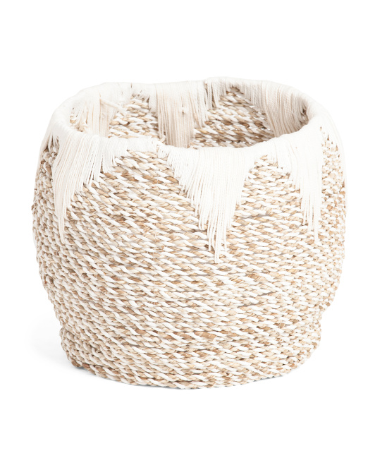 Medium Seagrass Basket With Arrow Accent $24.99