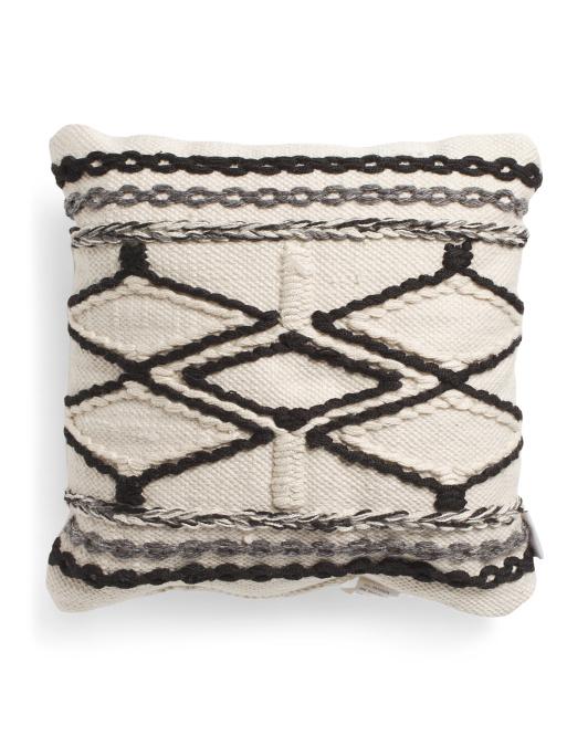 HANDCRAFTED IN INDIA 18x18 Indoor Outdoor Diamond Pillow $16.99