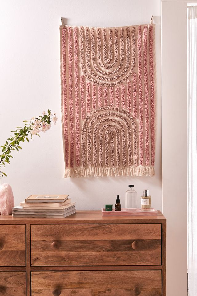 Modern Hilo Tufted Tapestry $29.00