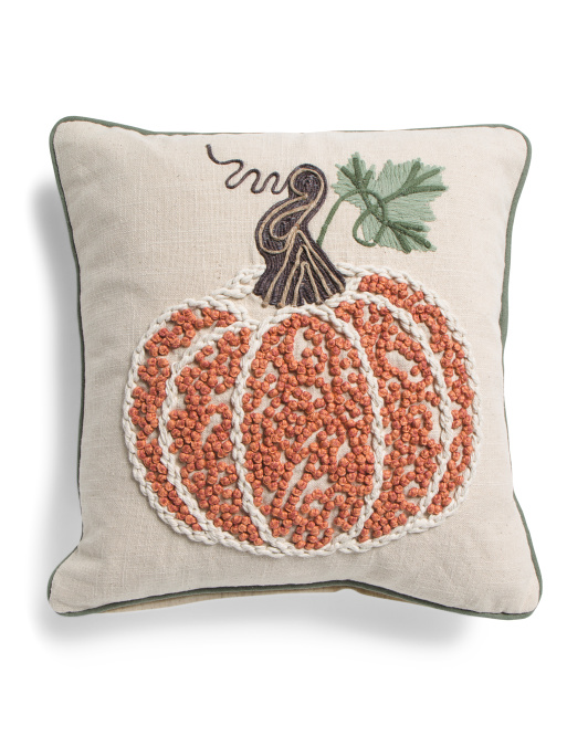 DEVI DESIGNS 18x18 French Knot Pillow $19.99